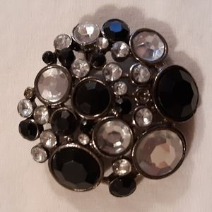 Jewelry - Black and Clear Brooch